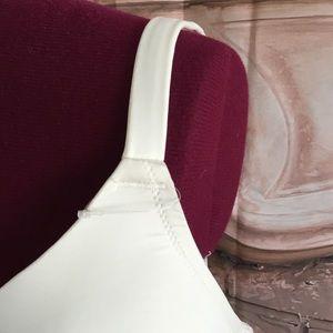 Cacique Intimates & Sleepwear - NWOT Cacique 44DDD Padded Underwire Bra